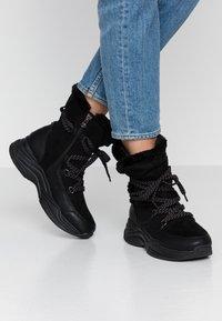 TOM TAILOR DENIM - Zimní obuv - black - 0