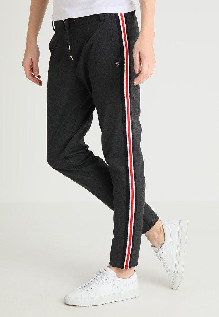 TOM TAILOR DENIM - TRACK PANTS WITH TAPE - Teplákové kalhoty - anthrazit