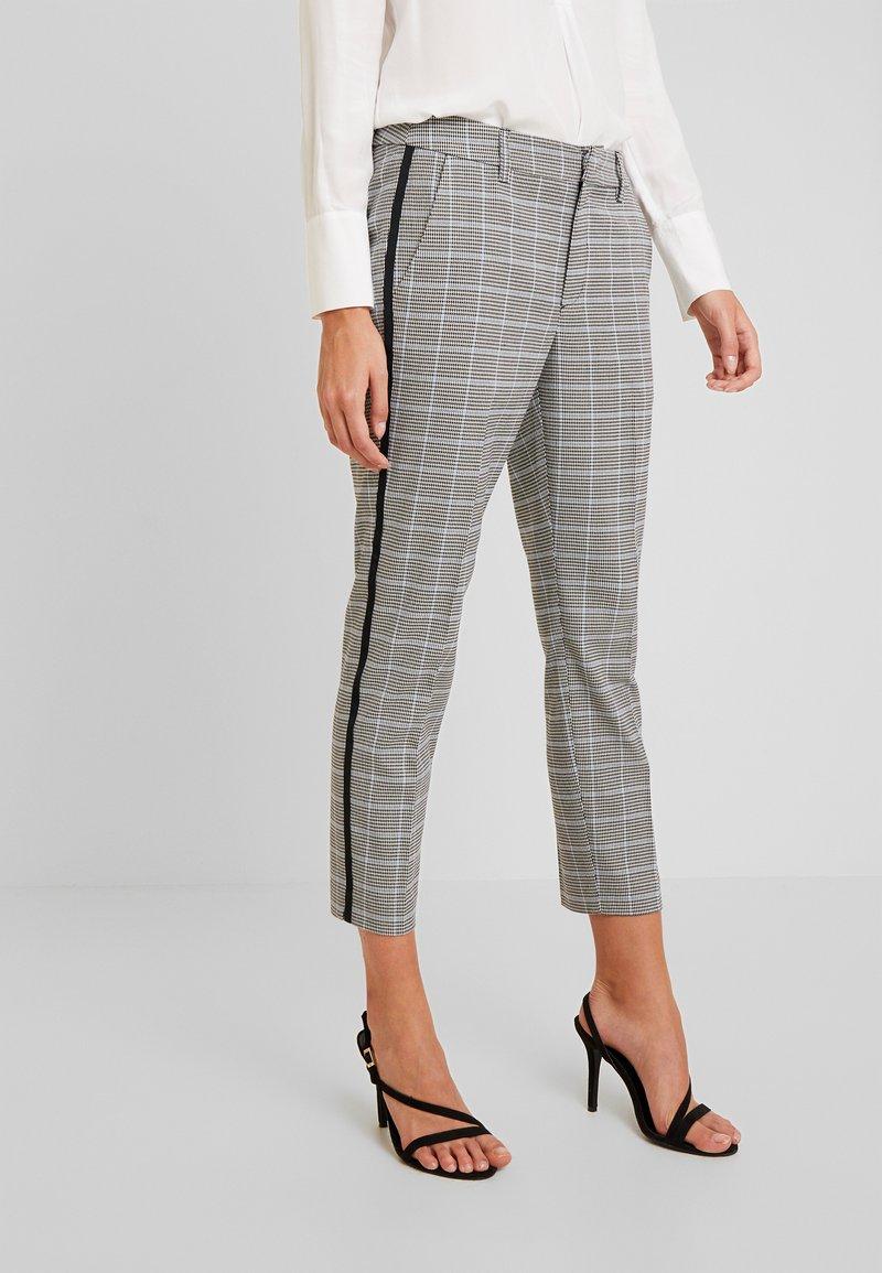 TOM TAILOR DENIM - CIGARETTE PANTS - Pantalon classique - grey/blue