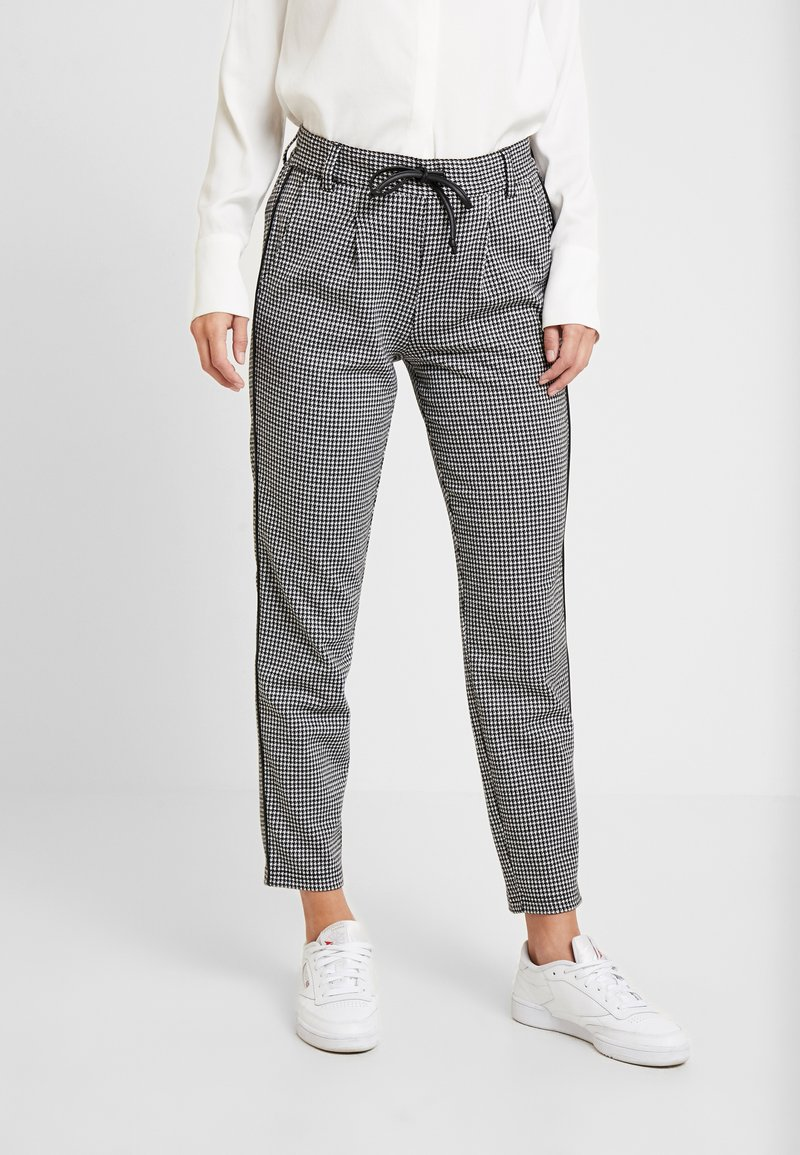 TOM TAILOR DENIM - SOFT HOUNDSTHOOTH PANTS - Trousers - black/white