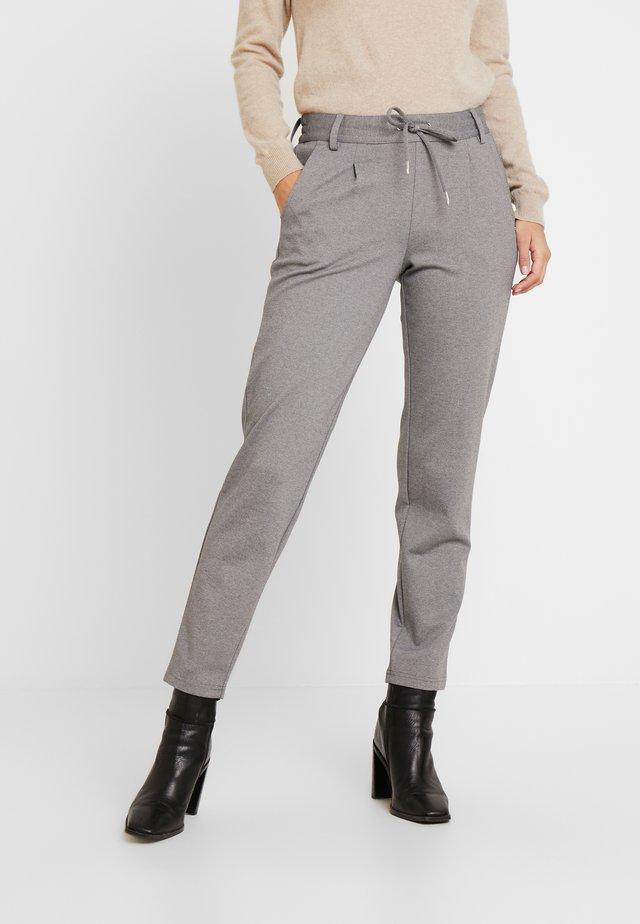 KNITTED TRACK PANTS - Spodnie materiałowe - mid grey melange