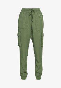 TOM TAILOR DENIM - SOFT UTILITY TRACK PANTS - Bukse - dull moss green - 3