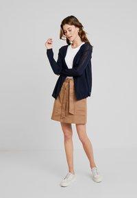 TOM TAILOR DENIM - UTILITY SKIRT - Áčková sukně - warm beige/brown - 1