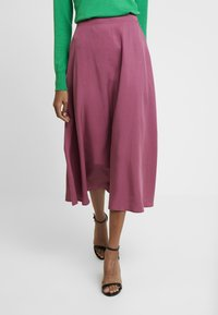 TOM TAILOR DENIM - FLARED SKIRT - Gonna a pieghe - dry rose red - 0