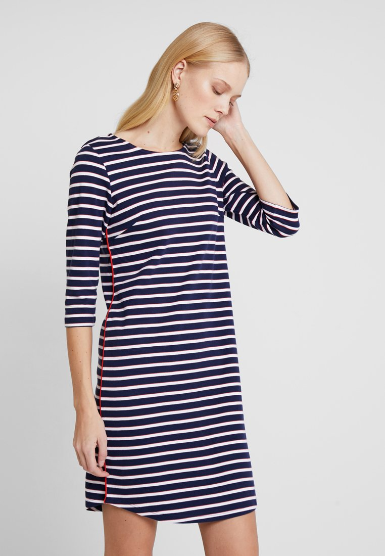 TOM TAILOR DENIM - STRIPED DRESS WITH TAPE DETAIL - Jerseykleid - true dark blue stripe         blue
