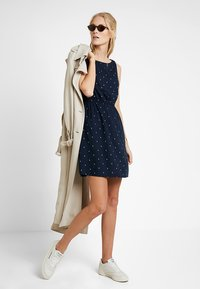 TOM TAILOR DENIM - EASY PRINT DRESS - Kjole - dark blue - 1