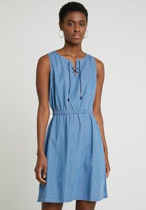 DRESS WITH LACING - Spijkerjurk - mid stone bright blue denim