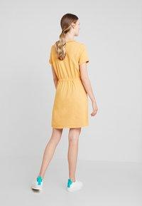 TOM TAILOR DENIM - Jerseykjole - yellow / white - 2