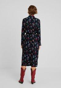 TOM TAILOR DENIM - SHIRT DRESS WITH FLOWER - Skjortklänning - black - 3