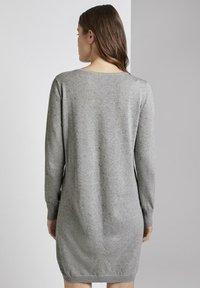 TOM TAILOR DENIM - Robe pull - light grey - 2