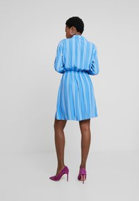 TOM TAILOR DENIM - PRINTED DRESS - Blousejurk - blue/white - 2