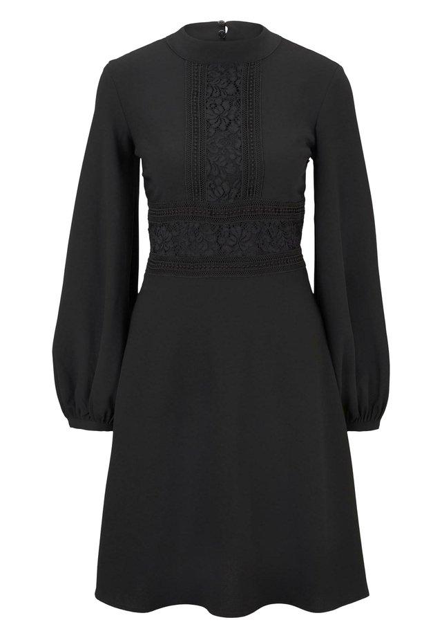TOM TAILOR DENIM KLEIDER & JUMPSUITS KLEID MIT SPITZEN-DETAILS - Korte jurk - deep black