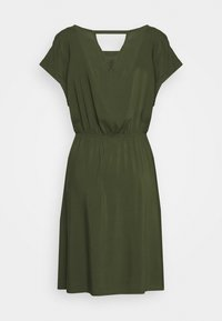 TOM TAILOR DENIM - OVERCUT SHOULDER DRESS - Freizeitkleid - dusty rifle green - 1