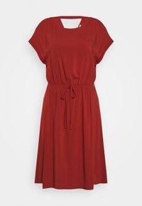 TOM TAILOR DENIM - OVERCUT SHOULDER DRESS - Korte jurk - rust orange - 0