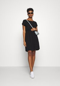 TOM TAILOR DENIM - OVERCUT SHOULDER DRESS - Korte jurk - deep black - 1