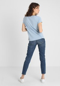 TOM TAILOR DENIM - STRIPE SLUB TEE - T-shirt med print - foggy blue - 2
