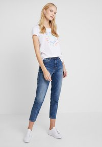 TOM TAILOR DENIM - SLUB PRINT TEE - T-shirt print - white - 1