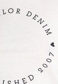 TOM TAILOR DENIM - 2 PACK - T-shirt z nadrukiem - shale grey melange - 6
