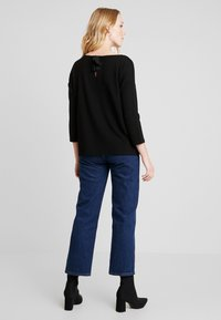 TOM TAILOR DENIM - LONGSLEEVE WITH BOW AT BACK - Pitkähihainen paita - deep black - 2