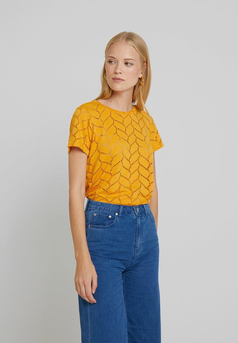 TOM TAILOR DENIM - SOFT TEE - Printtipaita - sunflower