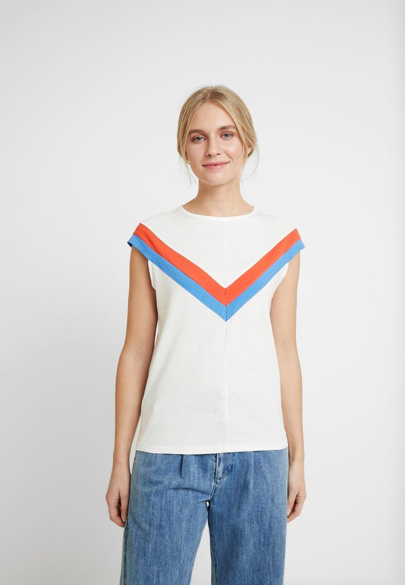 TOM TAILOR DENIM - COLOURBLOCK TEE - T-shirt z nadrukiem - off white