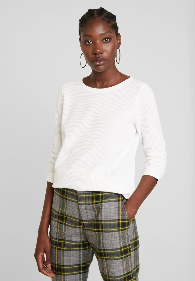 WAFFLE STRUCTURED  - Jumper - off white
