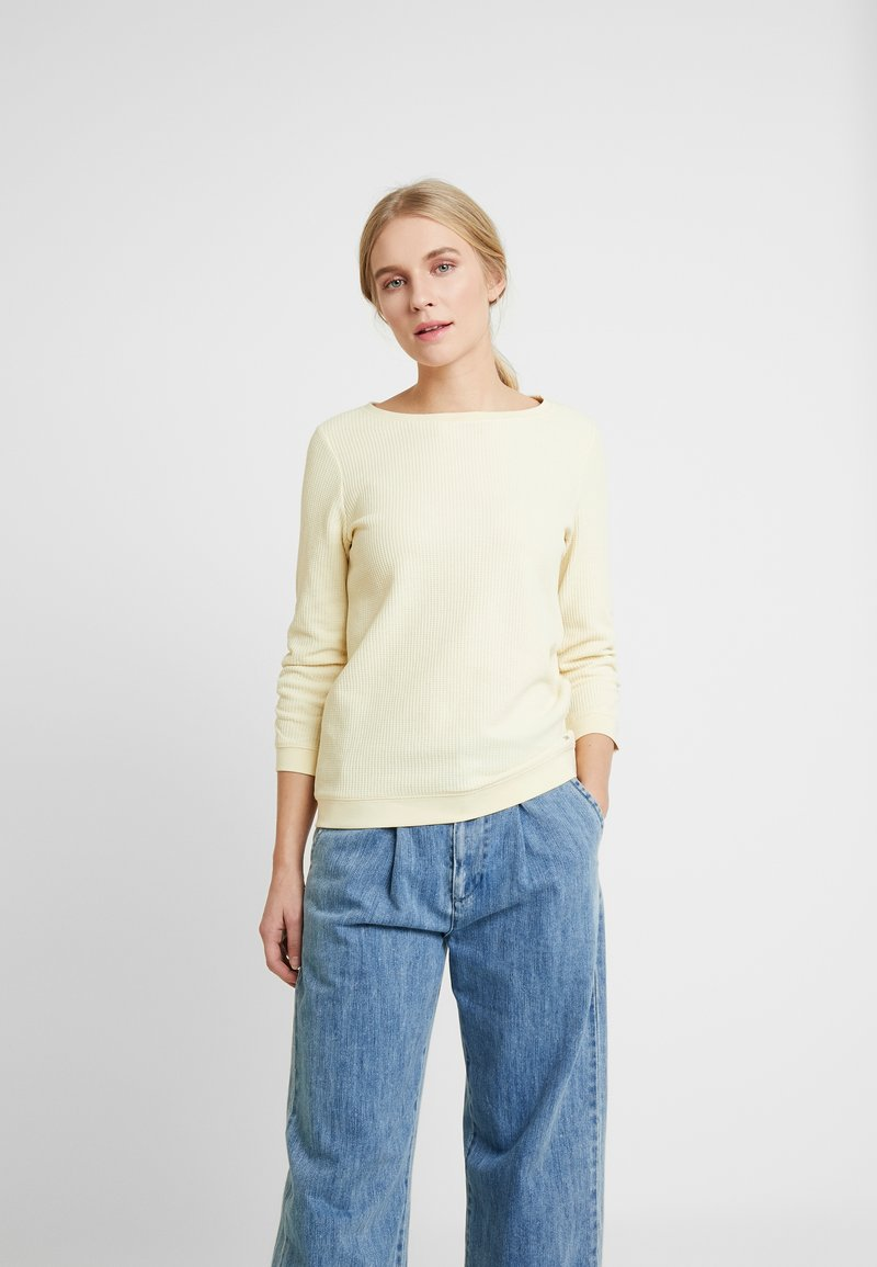 TOM TAILOR DENIM - WAFFLE STRUCTURED  - Jersey de punto - pale yellow