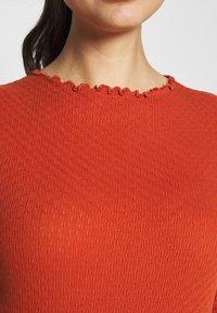 TOM TAILOR DENIM - POINTELLE MOCK NECK TEE - T-shirts - fox orange - 4