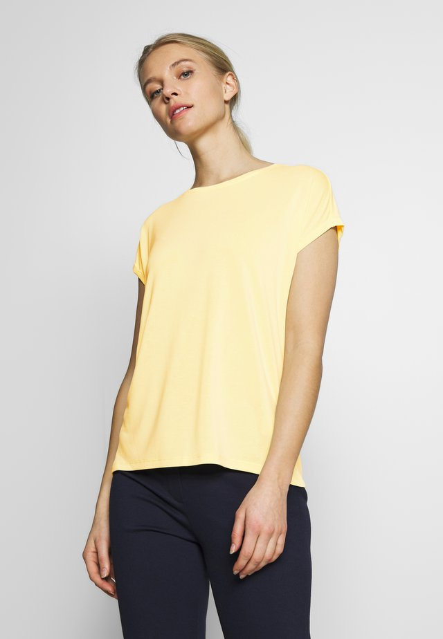 FLUENT BASIC TEE - Basic T-shirt - pale yellow