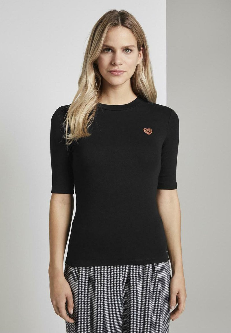 TOM TAILOR DENIM - LEO-STICKEREI - T-shirt z nadrukiem - deep black
