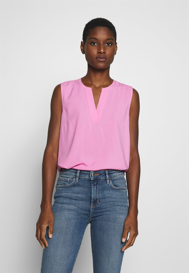 NECK DETAIL - Blouse - wild orchid pink