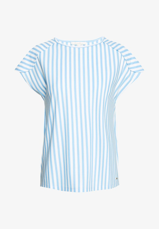 RELAXED STRIPED TEE - T-shirt z nadrukiem - blue/white