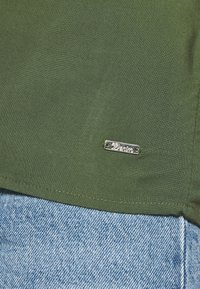 TOM TAILOR DENIM - WITH BACK DETAIL - Bluser - dusty rifle green - 5