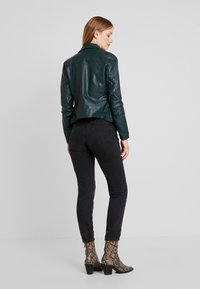 TOM TAILOR DENIM - Faux leather jacket - sycamore green - 2