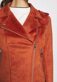 TOM TAILOR DENIM - Kurtka ze skóry ekologicznej - fox orange - 7