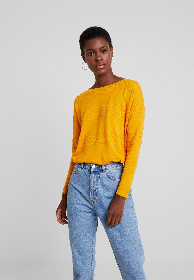 TOM TAILOR DENIM - STRUCTURED - Strickpullover - sunflower yellow