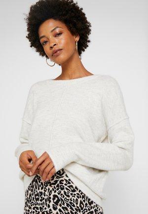 COSY CREW NECK  - Stickad tröja - marble beige/melange white
