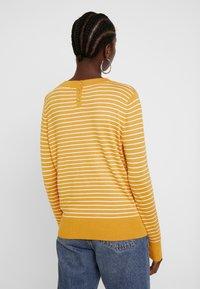 TOM TAILOR DENIM - EASY STRIPE - Sweter - yellow - 2