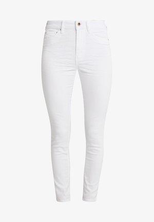 NELA - Skinny džíny - white denim