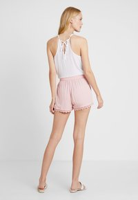 TOM TAILOR DENIM - RELAXED - Shorts - blush pink - 2