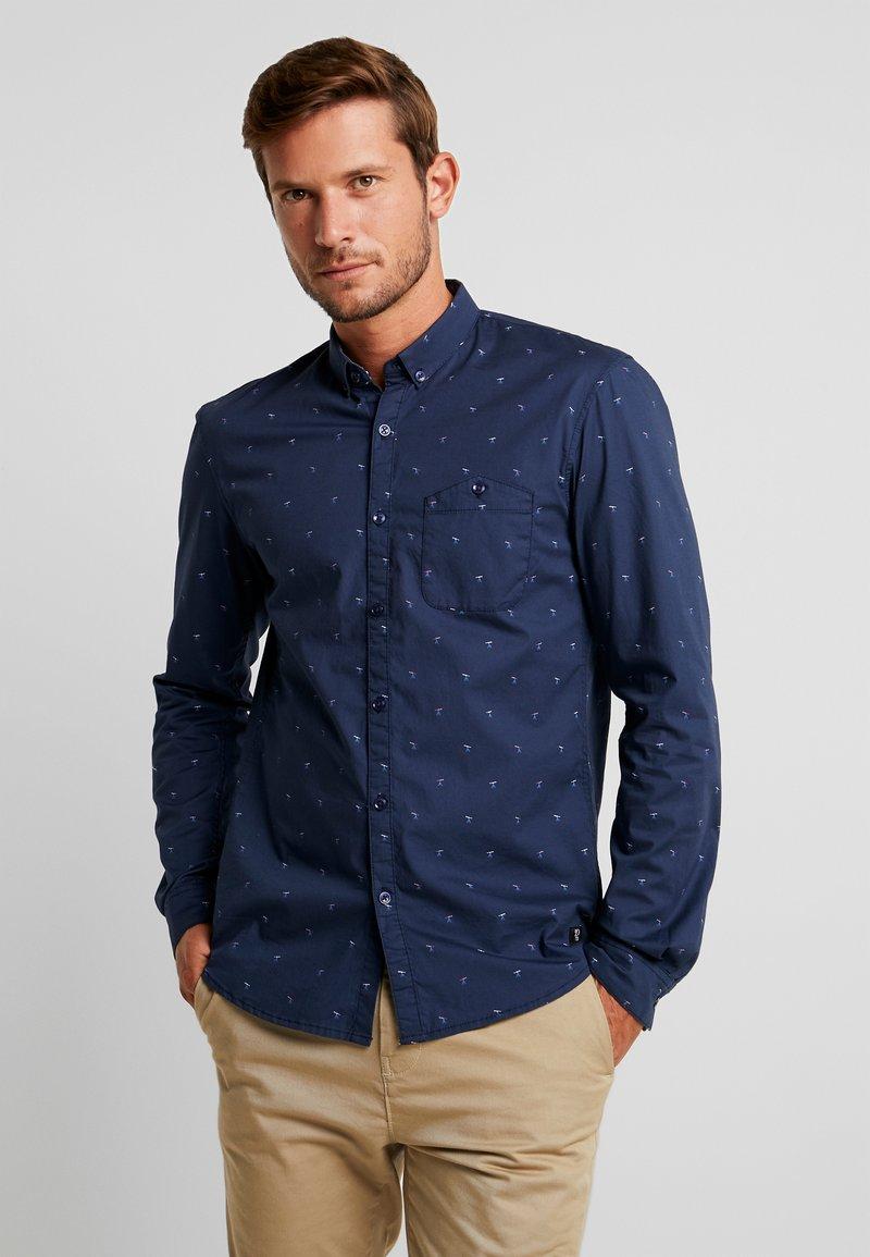 TOM TAILOR DENIM - ALLOVER PRINTED STRETCH  - Skjorter - navy blue