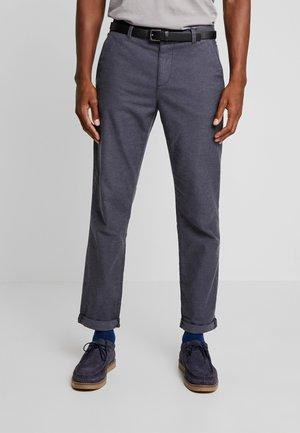 SLIM ZIG ZAG - Chino kalhoty - navy blue