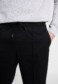 TOM TAILOR DENIM - Kalhoty - black - 3