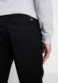 TOM TAILOR DENIM - Kalhoty - black - 5