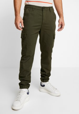 RELAXED PANTS - Pantalones cargo - woodland green