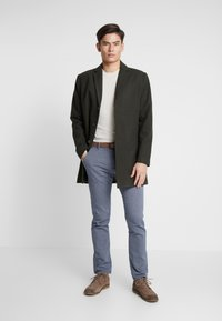 TOM TAILOR DENIM - STRUCTURED - Chinosy - blue