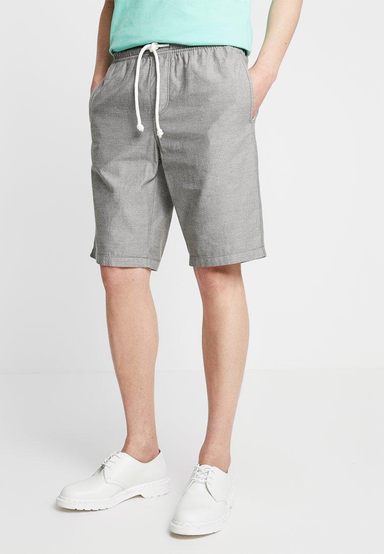 TOM TAILOR DENIM - BEACH - Shorts - green yarndye