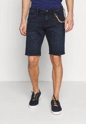 REGULAR FIT - Shorts di jeans - blue/black denim