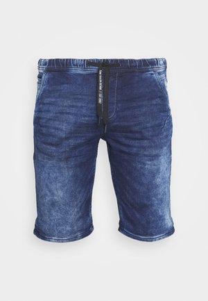 JEANSHOSEN DENIM JOGGER SHORTS - Jeans Short / cowboy shorts - blue denim