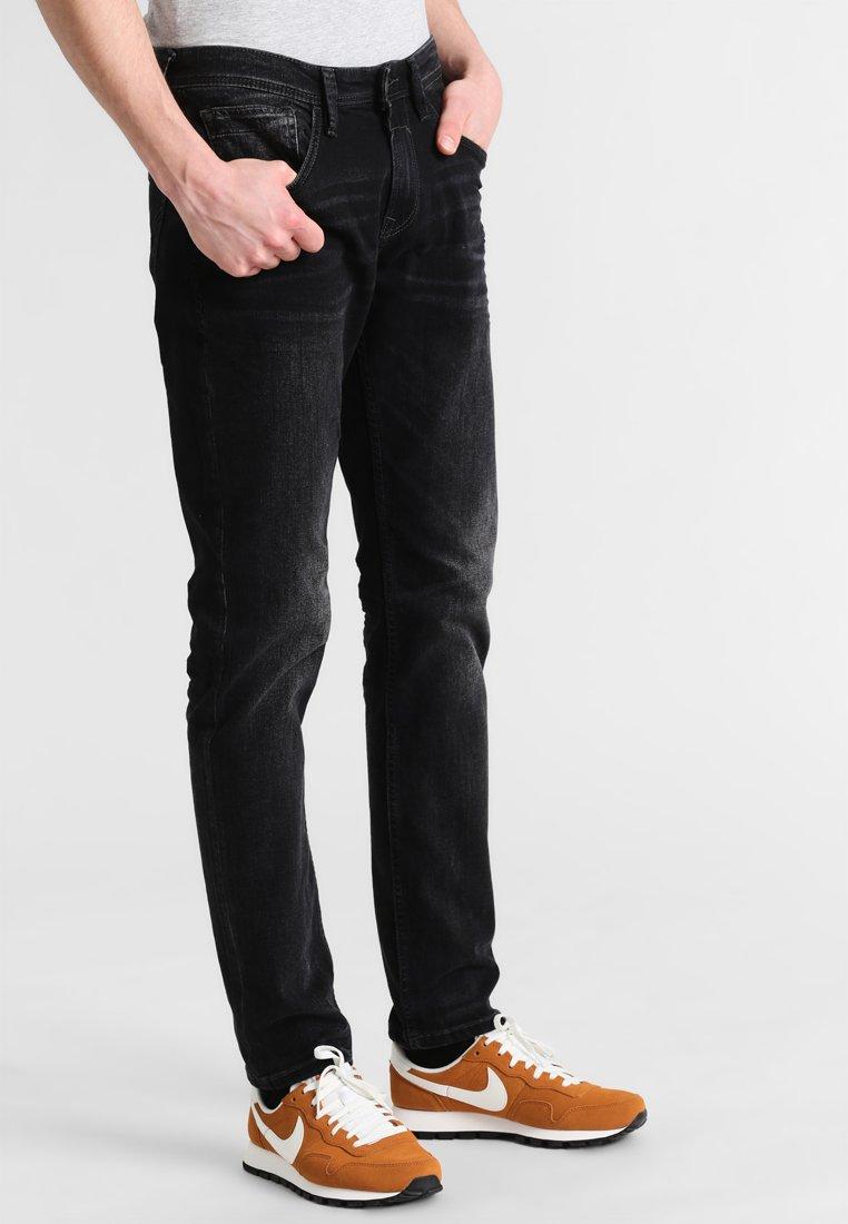 TOM TAILOR DENIM - Jeans Slim Fit - black stone wash denim